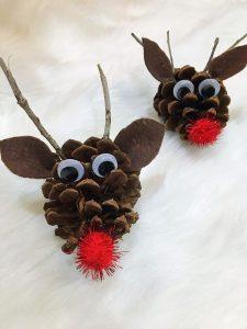 Pinecone Reindeer