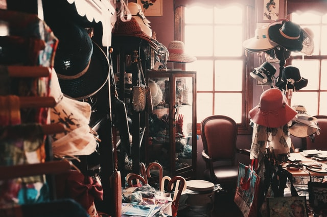 How to Shop For Second-Hand Clothes